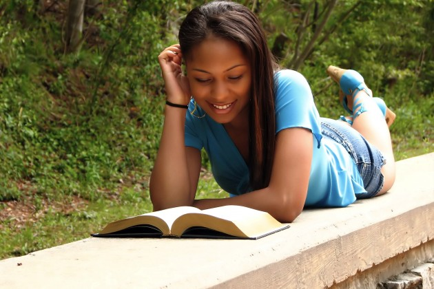 6 Tips for Using YA Literature in Your Youth Ministry