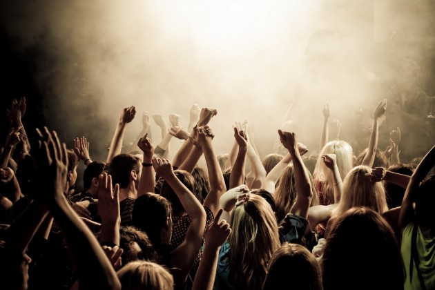 Hillsong or Hymns: What Role Does Contemporary Worship Play in Your Youth Ministry Context?